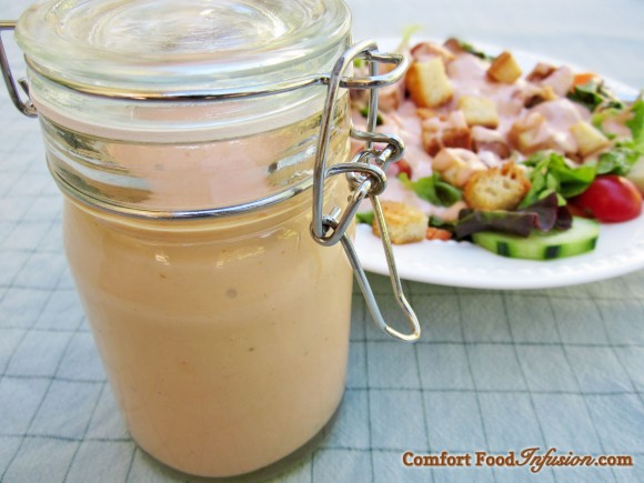Thousand Island Dressing. Made with ketchup, mayonnaise and relish. (Vegan options).